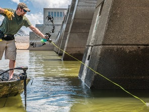 Bowfishing the Invasive Carp Apocalypse