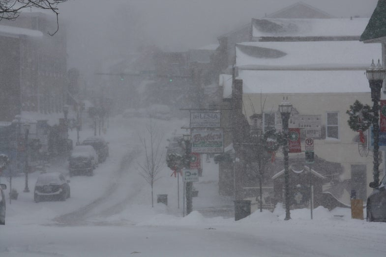 Winter Storm Warning for East Coast: Government Advises Panic, Hysteria