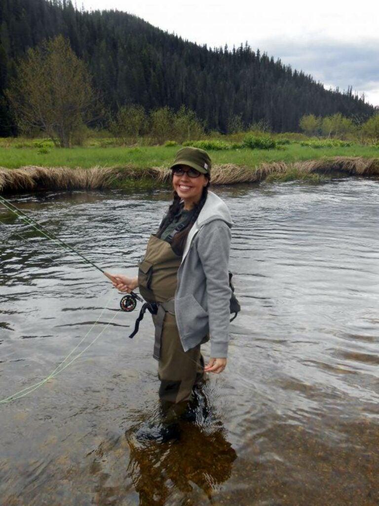httpswww.fieldandstream.comsitesfieldandstream.comfilesimport2014importArticleembedwifefishing.jpg