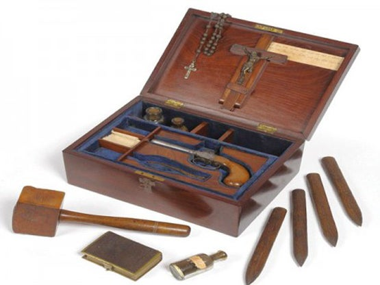 httpswww.fieldandstream.comsitesfieldandstream.comfilesimport2014importBlogPostembed19th-century-vampire-slaying-kit-for-sale-1339260529-9944.jpg