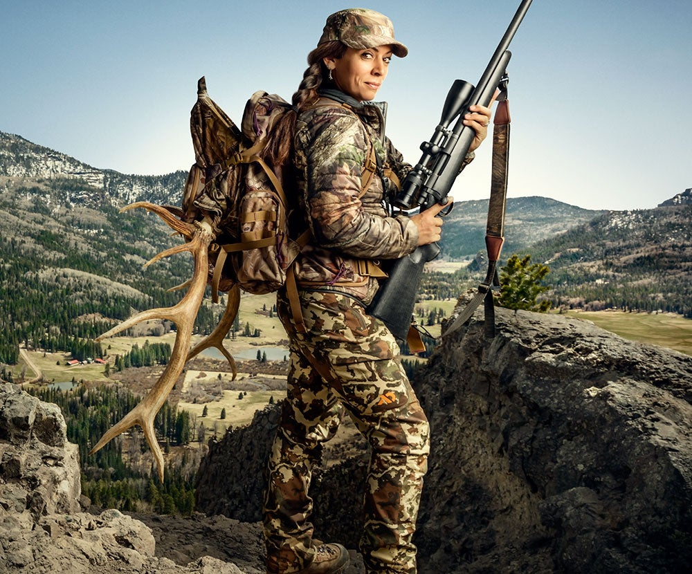 mia anstine, mia, anstine, women, hunters, F&S, cover story, game changers, woman, elk, big game,