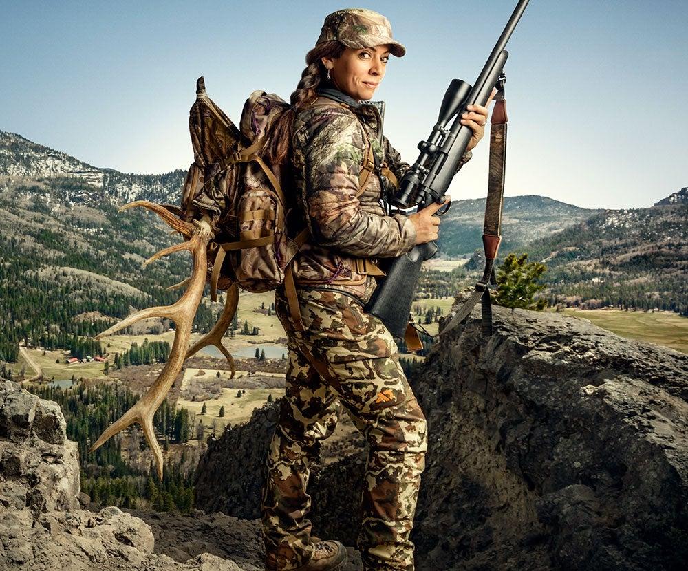 mia anstine, mia, anstine, women, hunters, F&S, cover story, game changers, woman, elk, big game,