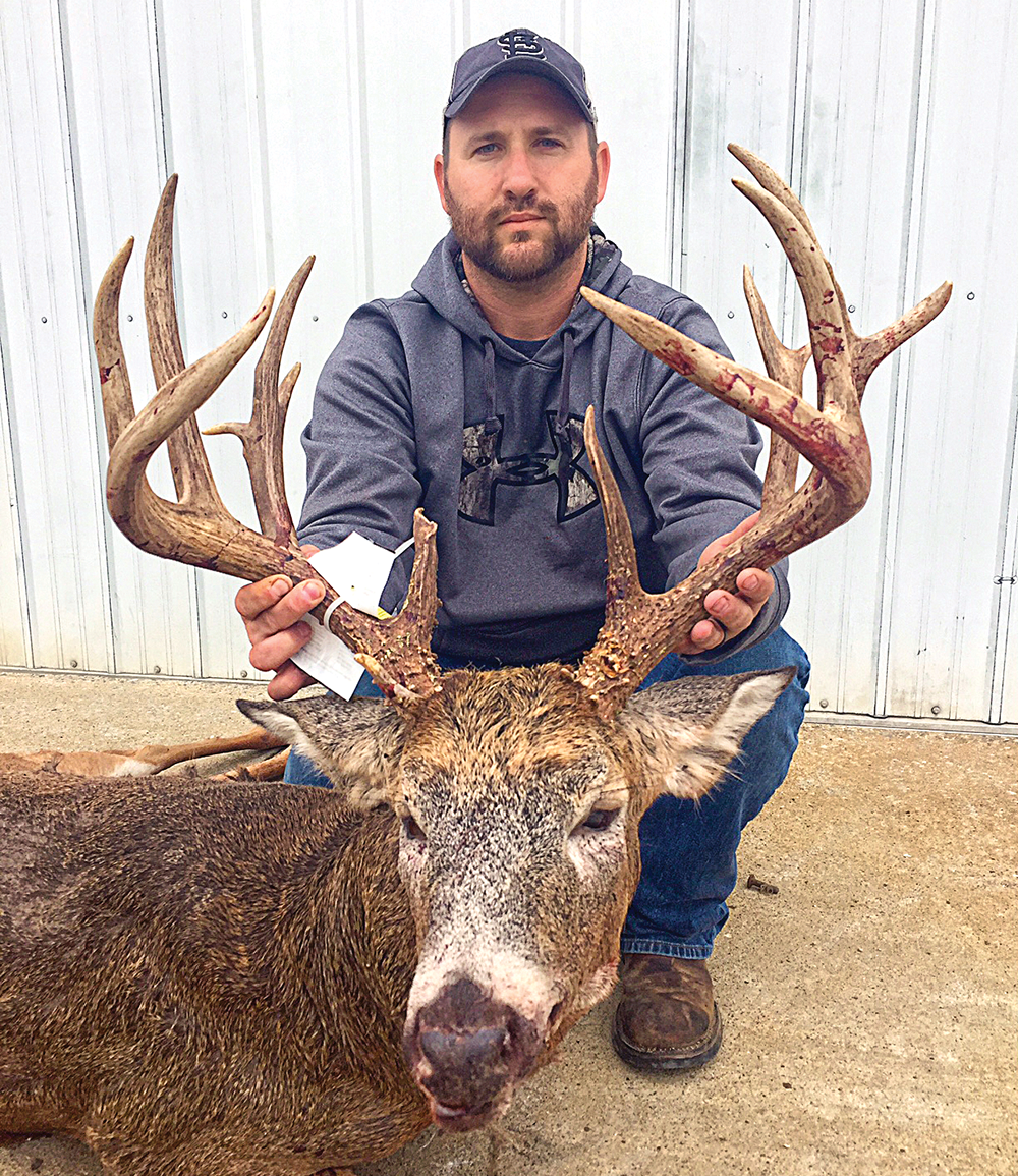 The Rut Club: Big-Buck Moments From the 2015 Whitetail Rut