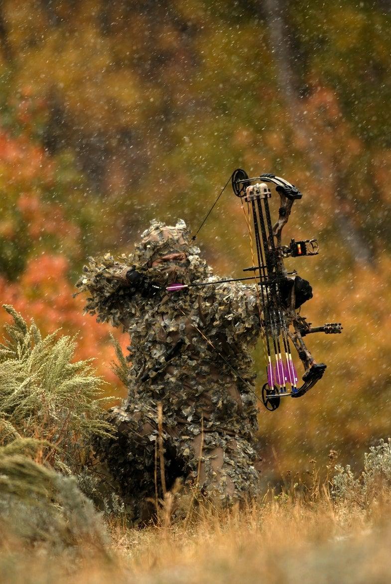 long-range bowhunter