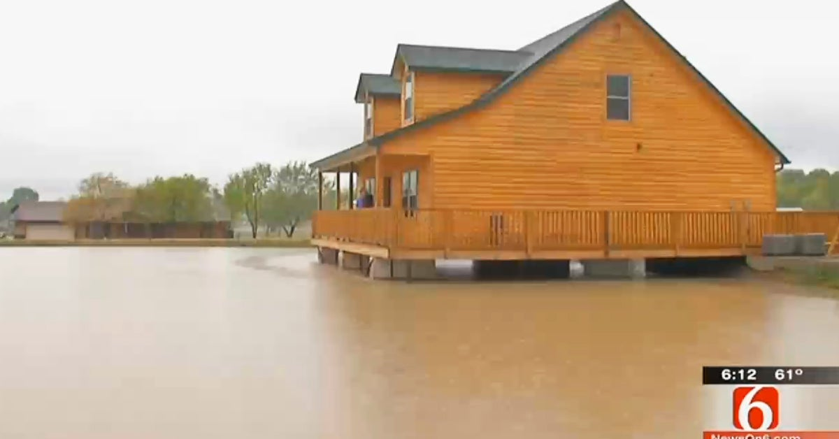 best fishing cabin, fish house for sale,