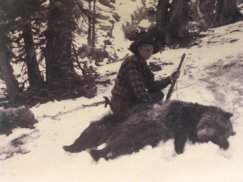 Wyoming, Thorofare, Model 94, bears
