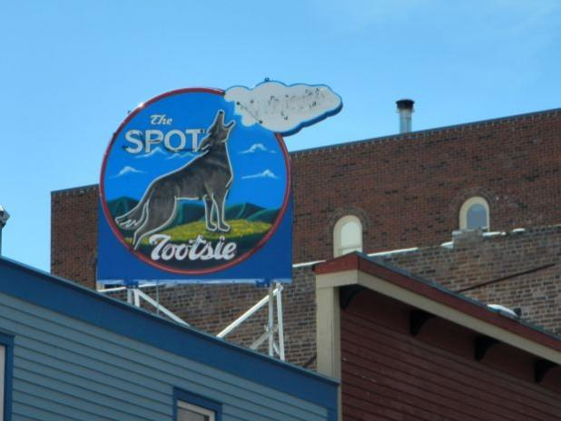 Deadwood Resurrects Famous Singing Coyote Sign
