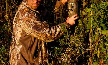 A Guide to Trail Cam Placement Through the Deer Season