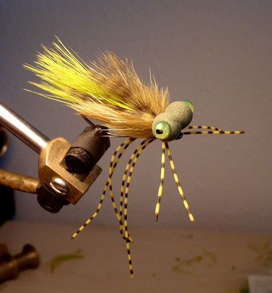 """Step-by-Step Photo Instructions on How to Tie """"Booby Frog"""" Fly"""