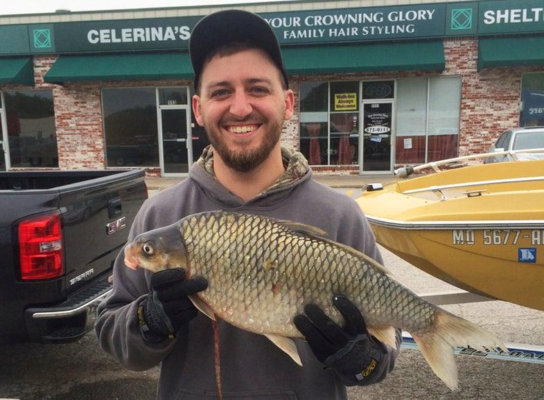 Missouri Bowfishermen Break State Record Three Times in Two Weeks