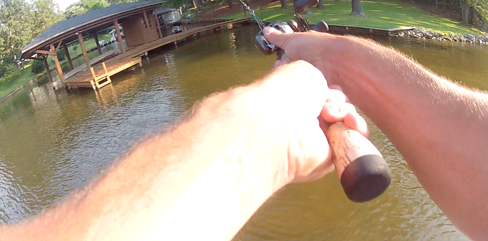 Why You Should Use Two Hands When Baitcasting