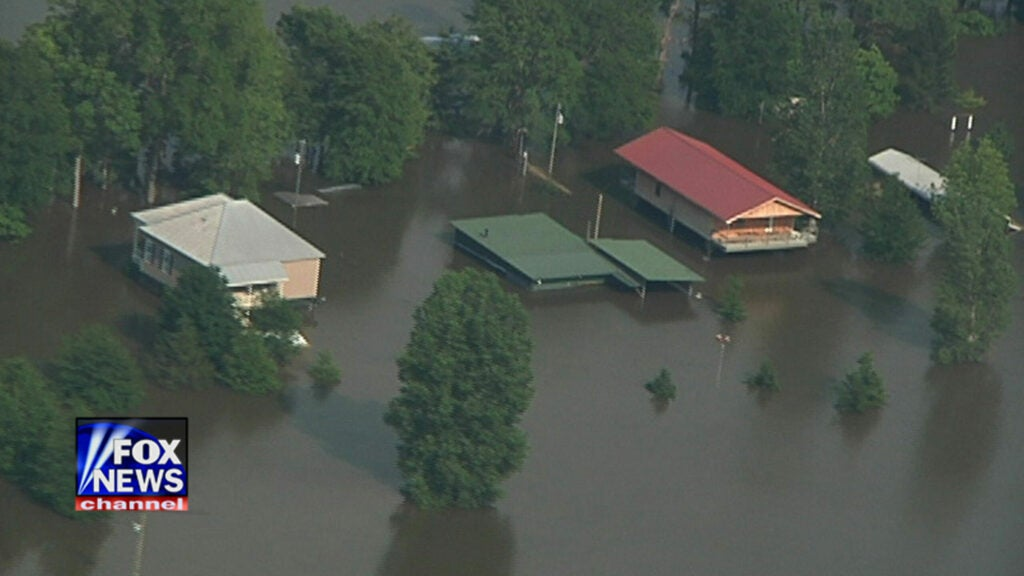 httpswww.fieldandstream.comsitesfieldandstream.comfilesimport2014importImage2011photo38356BUG_AND_BUMP_300DPI_flooding-7.jpg