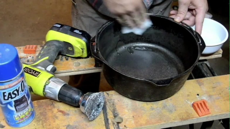 Video: How to Restore Rusty Cast Iron