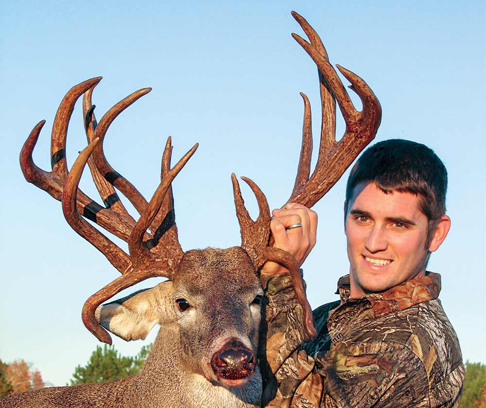 jay maxwell nontypical whitetail deer