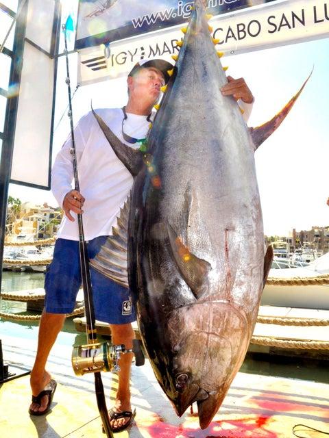 IGFA Record 427-Pound Yellowfin Tuna Wins Angler $1M Prize from Mustad