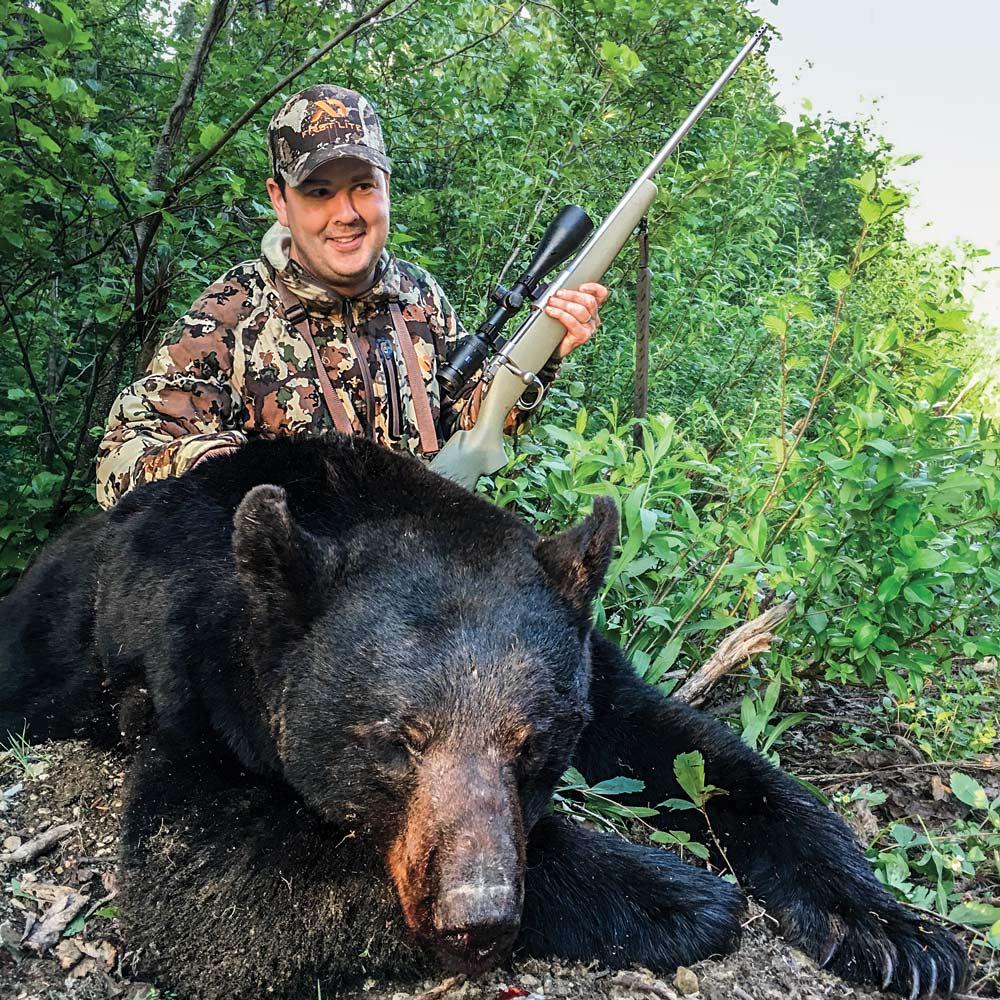 Colin Kearns bear hunting