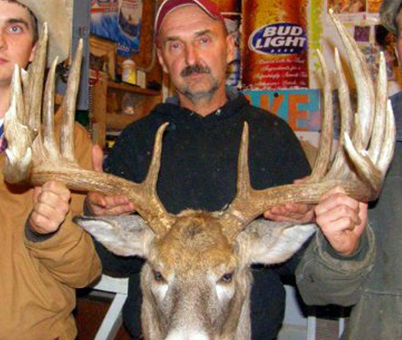 Nebraska Record Buck Confirmed, Biggest U.S. Typical in 39 Years