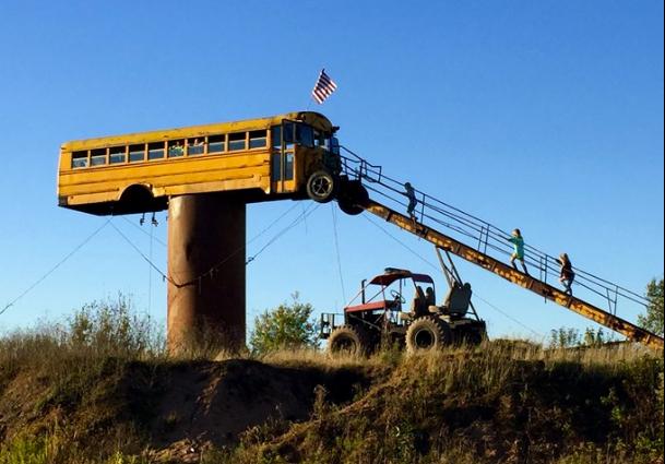 Hunter Converts School Bus Into Deer Stand