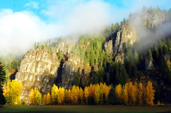 httpswww.fieldandstream.comsitesfieldandstream.comfilesimport2014importBlogPostembedfall_colors_N_Idaho.jpg