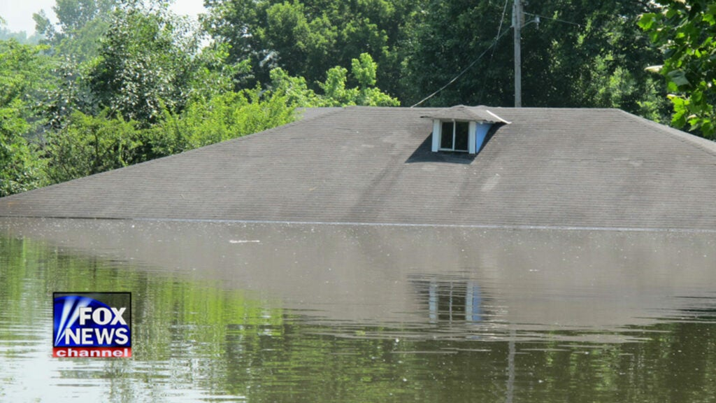 httpswww.fieldandstream.comsitesfieldandstream.comfilesimport2014importImage2011photo38356BUG_AND_BUMP_300DPI_flooding-10.jpg