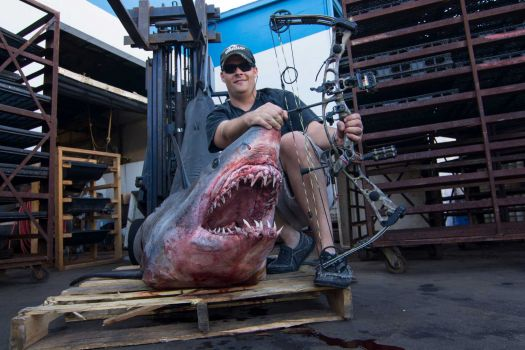 Bowfisherman's 809-Pound Mako Confirmed as World Record