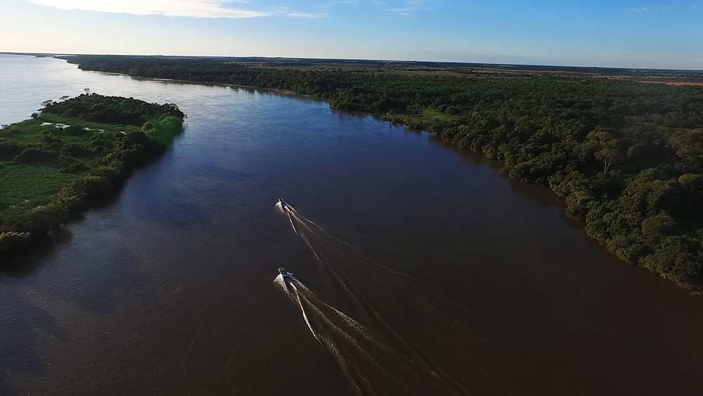 aerial view of two boats on the parana river