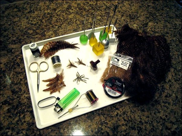 """Step-by-Step Photo Instructions on How to Tie """"Tabou Daddy Crayfish"""" Fly"""
