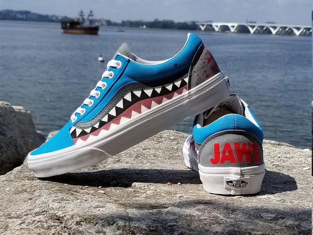 Vans Old Skool Jaws Edition