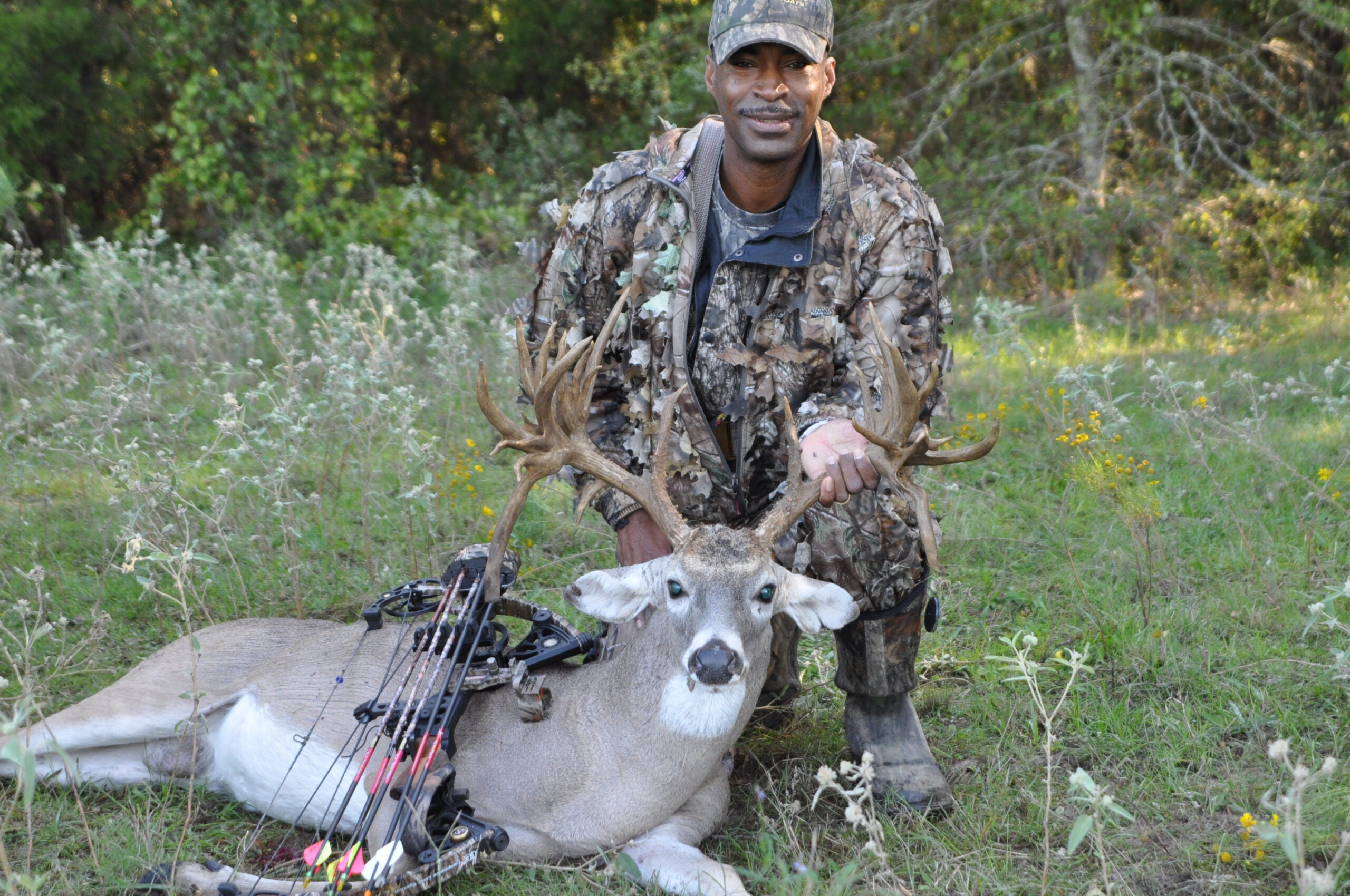 31-Point Double Drop Tine Texas Buck is Kaufman County Game Warden's First With a Bow