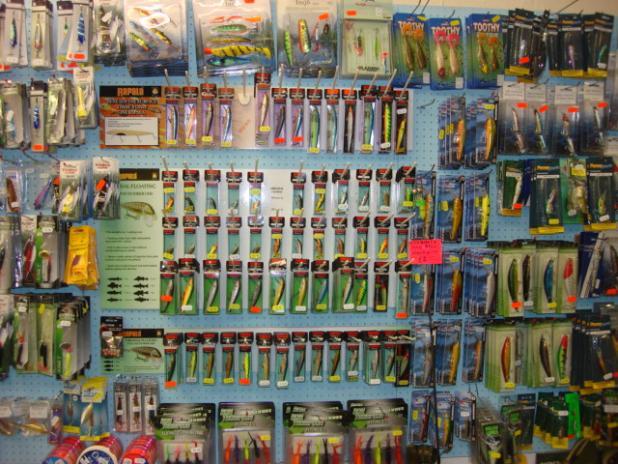 httpswww.fieldandstream.comsitesfieldandstream.comfilesimport2014importBlogPostembedtackle_shop.jpg
