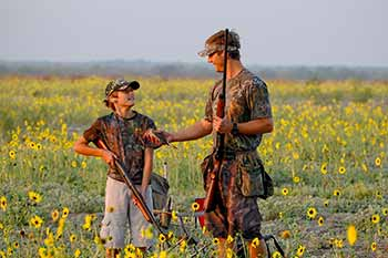 Survey Reveals Who Hunters Trust Most