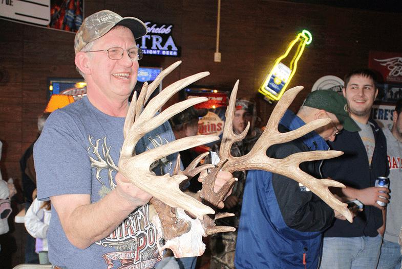 Nice Guy Finishes First:  Kreidermacher Buck is New Minnesota State Record