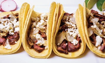 Video: How to Make Duck Tacos With Mojo De Ajo