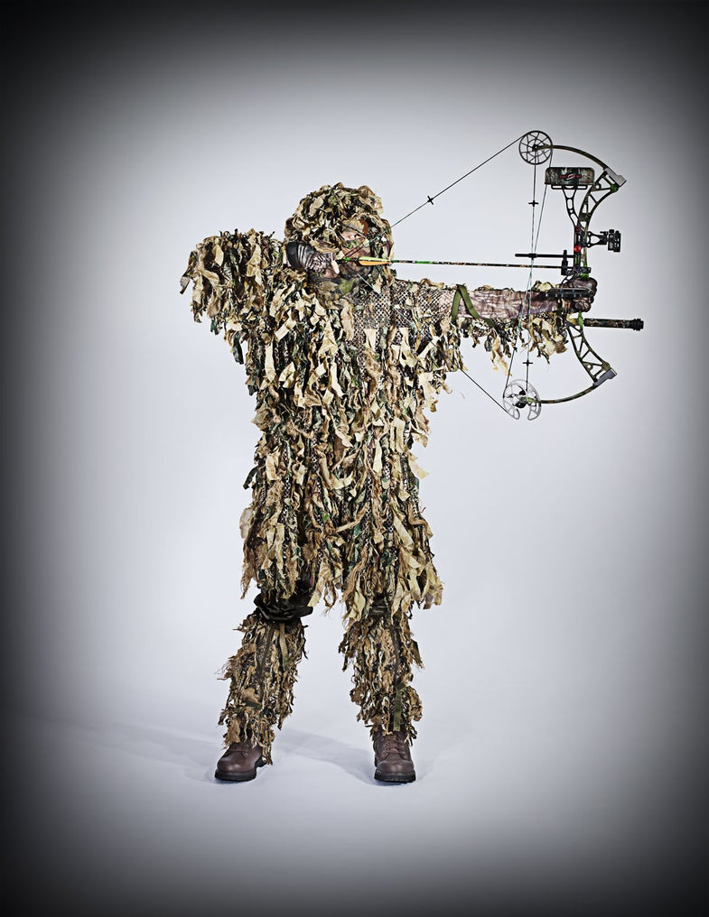 Four Ways to Customize Your Gillie Suit For Bowhunting