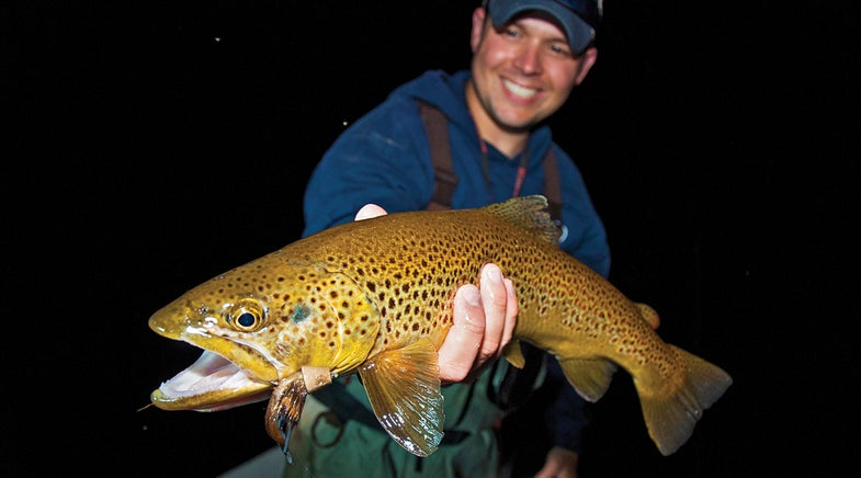 fishing after dark, trout fishing after dark, crappie fishing after dark, bass fishing after dark, fishing at night, night fishing,