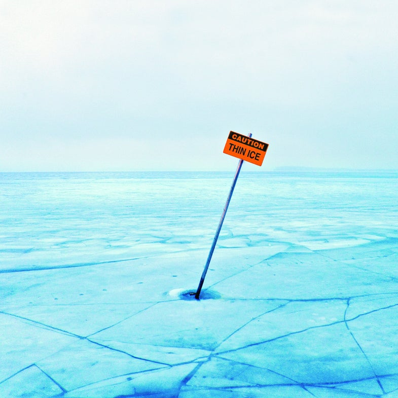 Survival: Stay Safe On The Ice