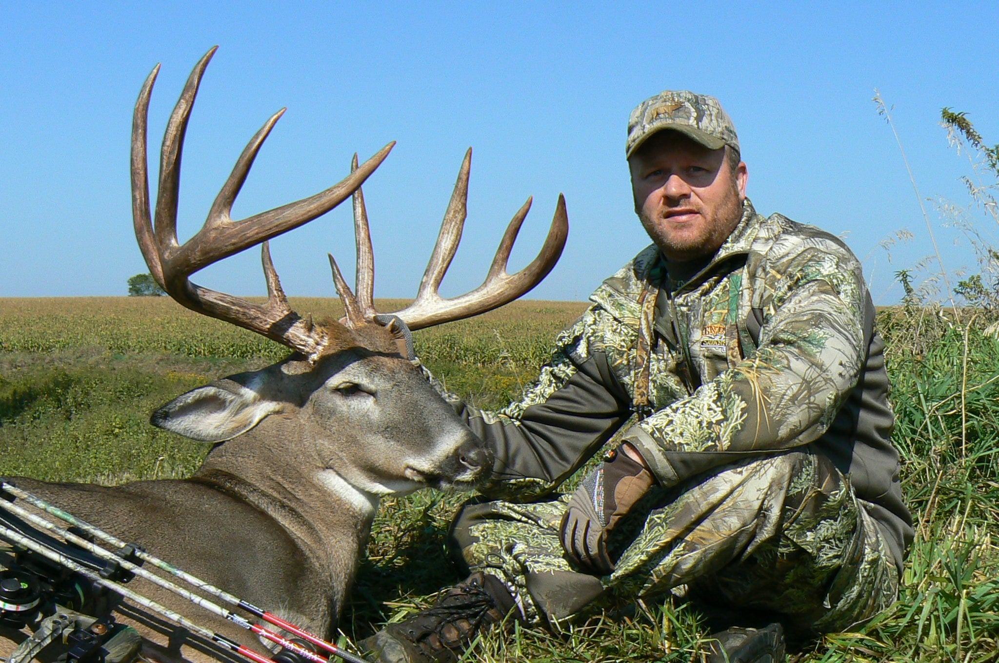 More Monster Whitetails From Wisconsin's 2009 Bow Season