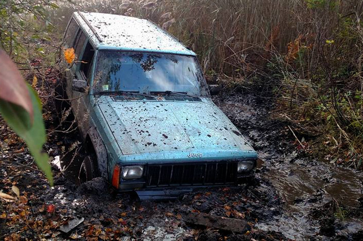 Man Gets Jeep Stuck in the Mud, Tow Company Charges $48,000