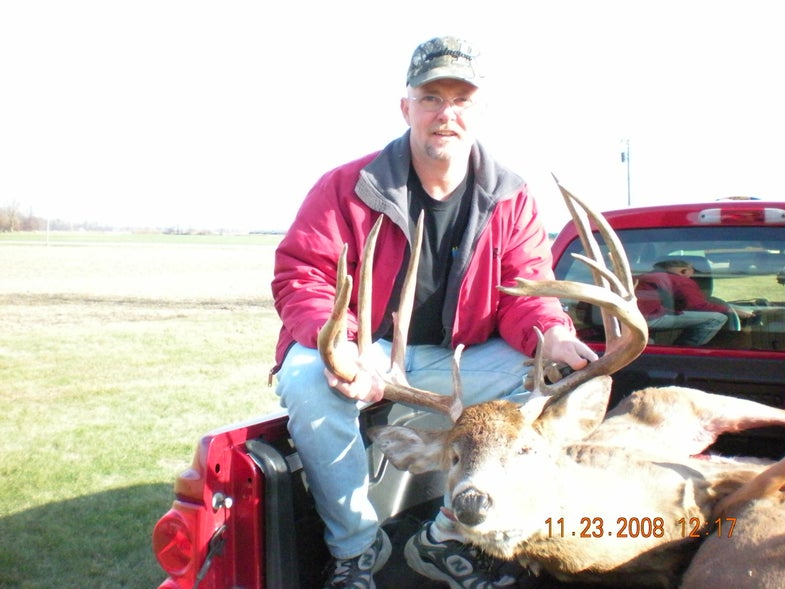 How Verlin Hale Killed the Biggest Typical Whitetail of 2008 With a Handgun