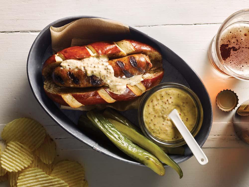 venison bratwurst and juniper pickles recipe