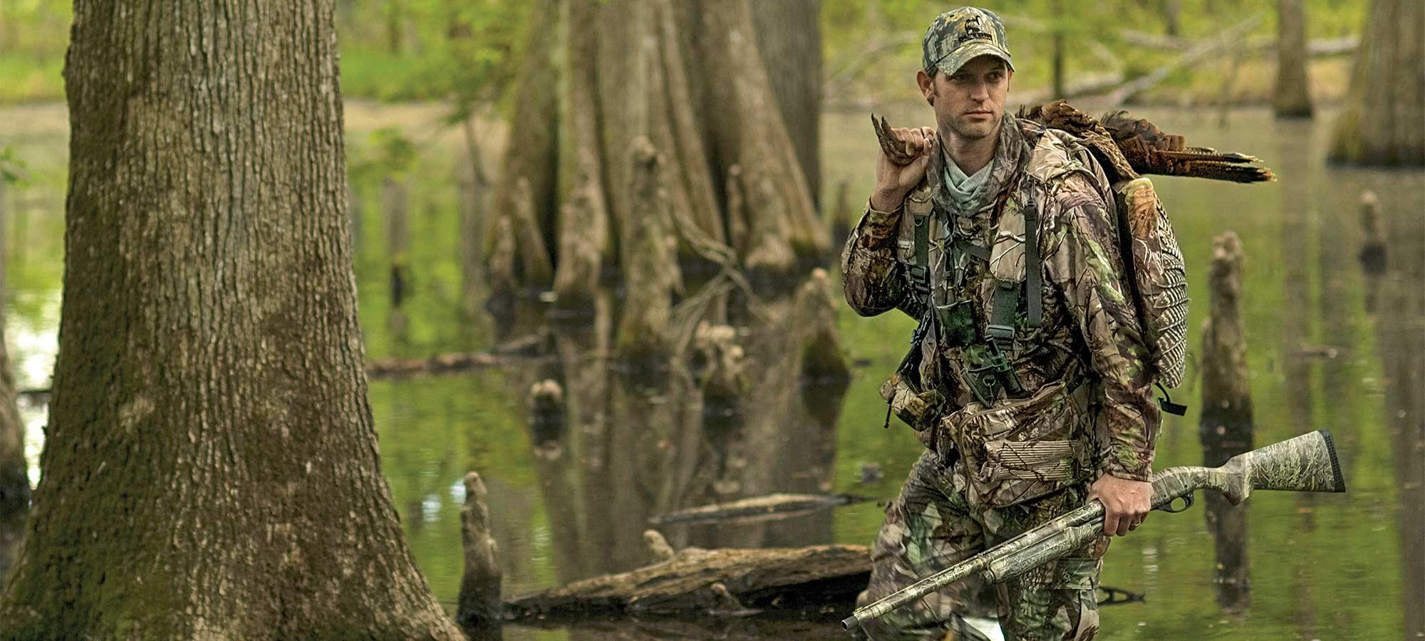 hunter swamp turkey hunting