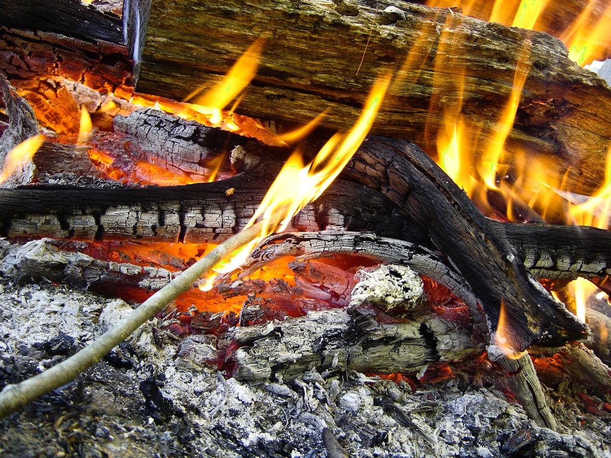 campfire burning, flames, ash