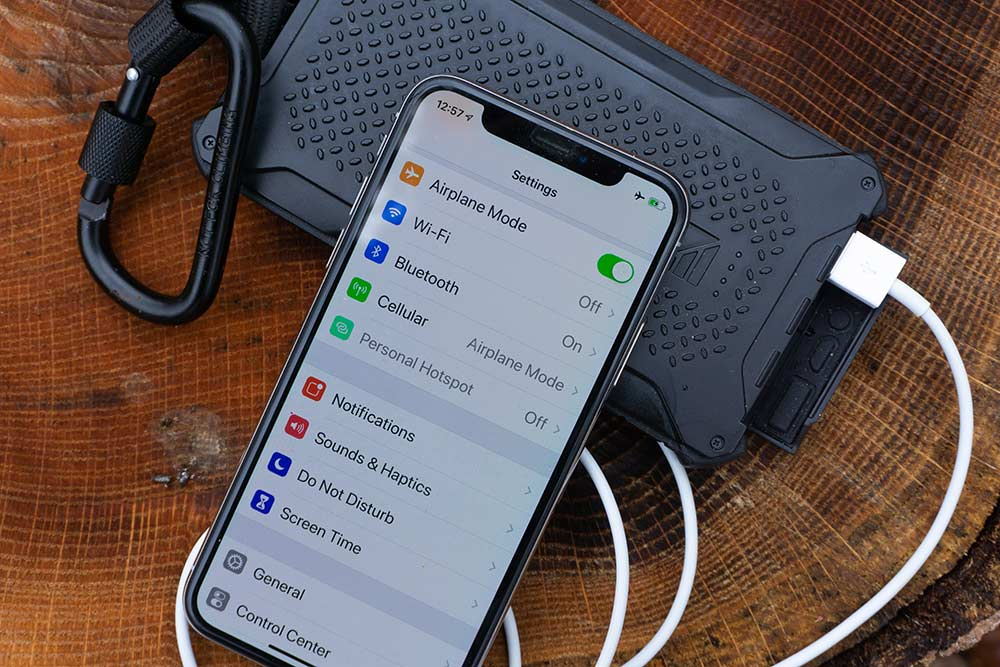 phone in airplane mode with batter backup