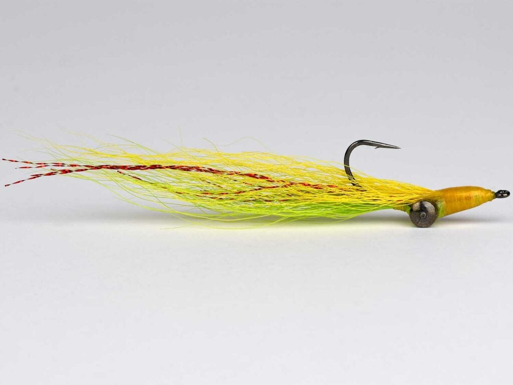 a yellow clouser minnow
