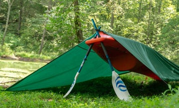 Stay Warm and Dry With These Improvised Tarp Shelters