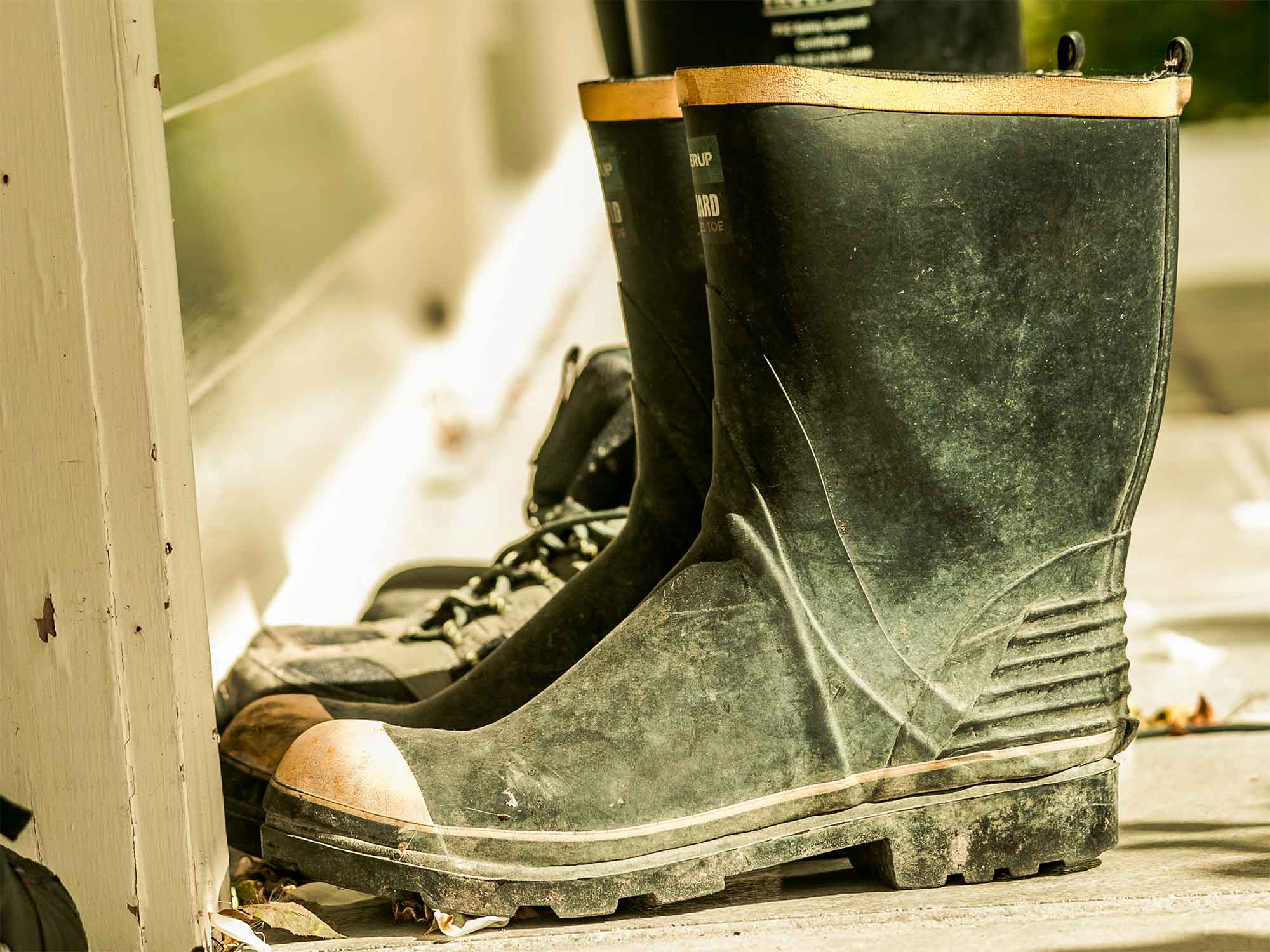 Three Things To Consider When Buying Waterproof Boots