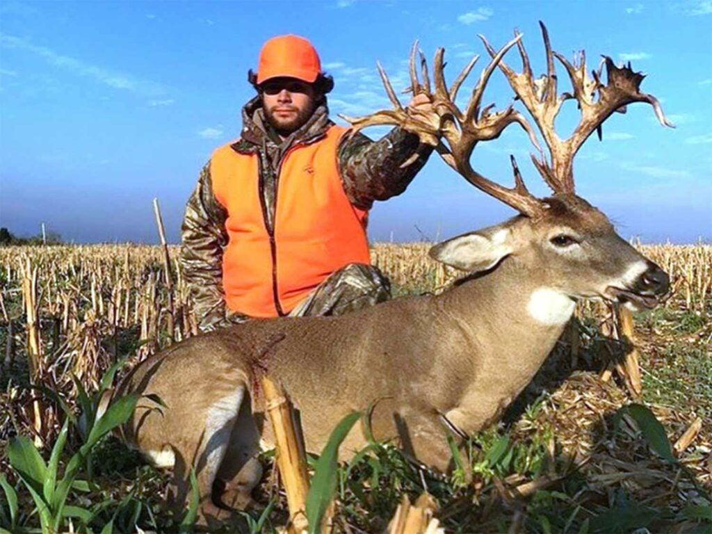 Stephen Tucker's 315 1/8 giant non-typical buck