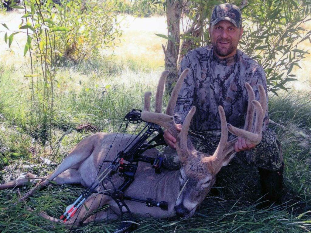 Shane Sanderson's velvet state record buck