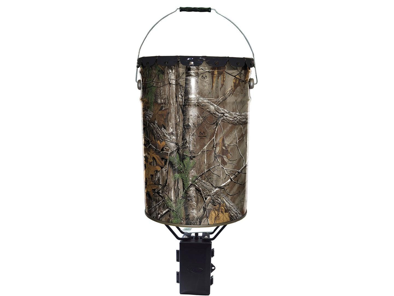 Camouflage meta pail deer feeder