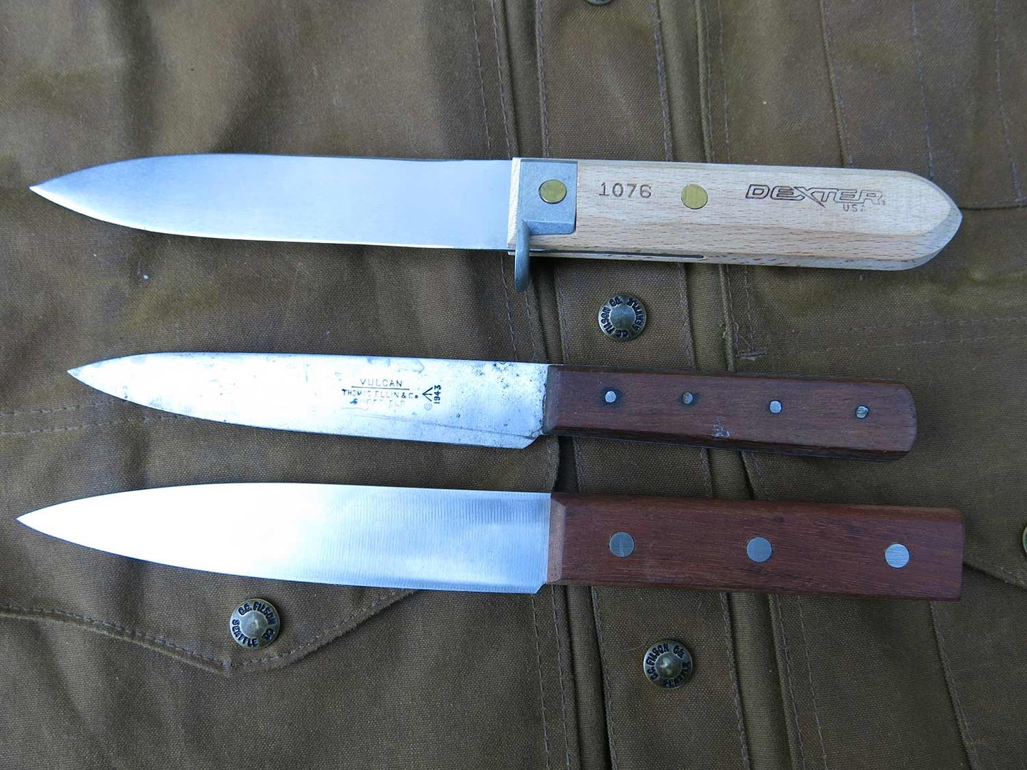 8 Survival Knives That Might Help You Win A Bear Fight